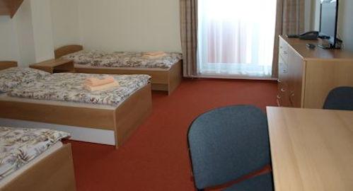 Hostel zimák